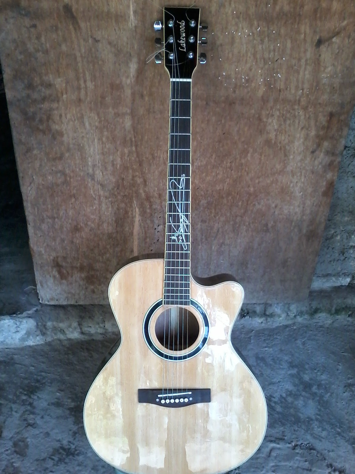 HARGA GITAR LAKEWOOD SUNGHA JUNG SIGNATURE