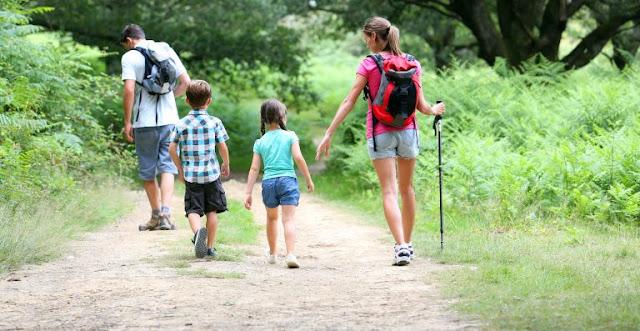 Cuidar a los niños en los viajes