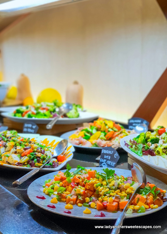salads in tailgate brunch dubai