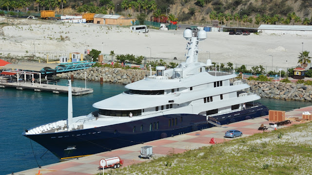 yacht St. Maarten