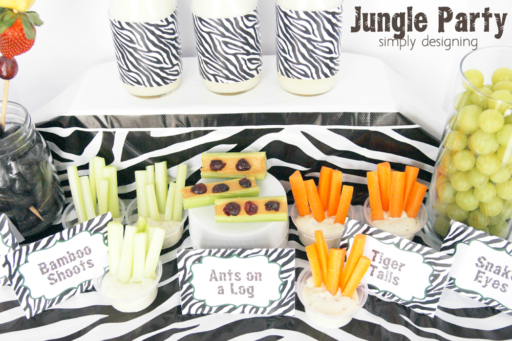 Jungle Party Free Printables | have a healthy Jungle-themed party | Jungle party themed food ideas | FREE jungle-themed printables | #party #junglefresh #shop #printables #smoothie #recipe