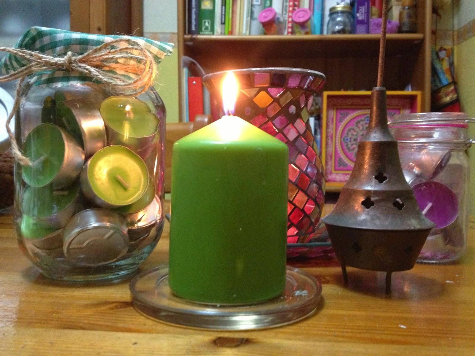 Querido Ser Humano:: Significado de una vela verde