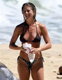 Jennifer Aniston hot bikini pictures