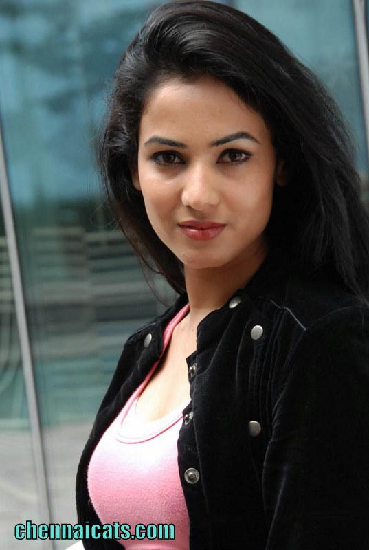Actress Sonal Chauhan Stills at Pandaga Chesko Movie