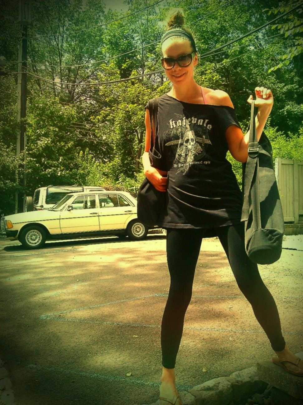 Kat Loves Kale Holistic Plant Based Health Coaching Hot Yoga Street Style