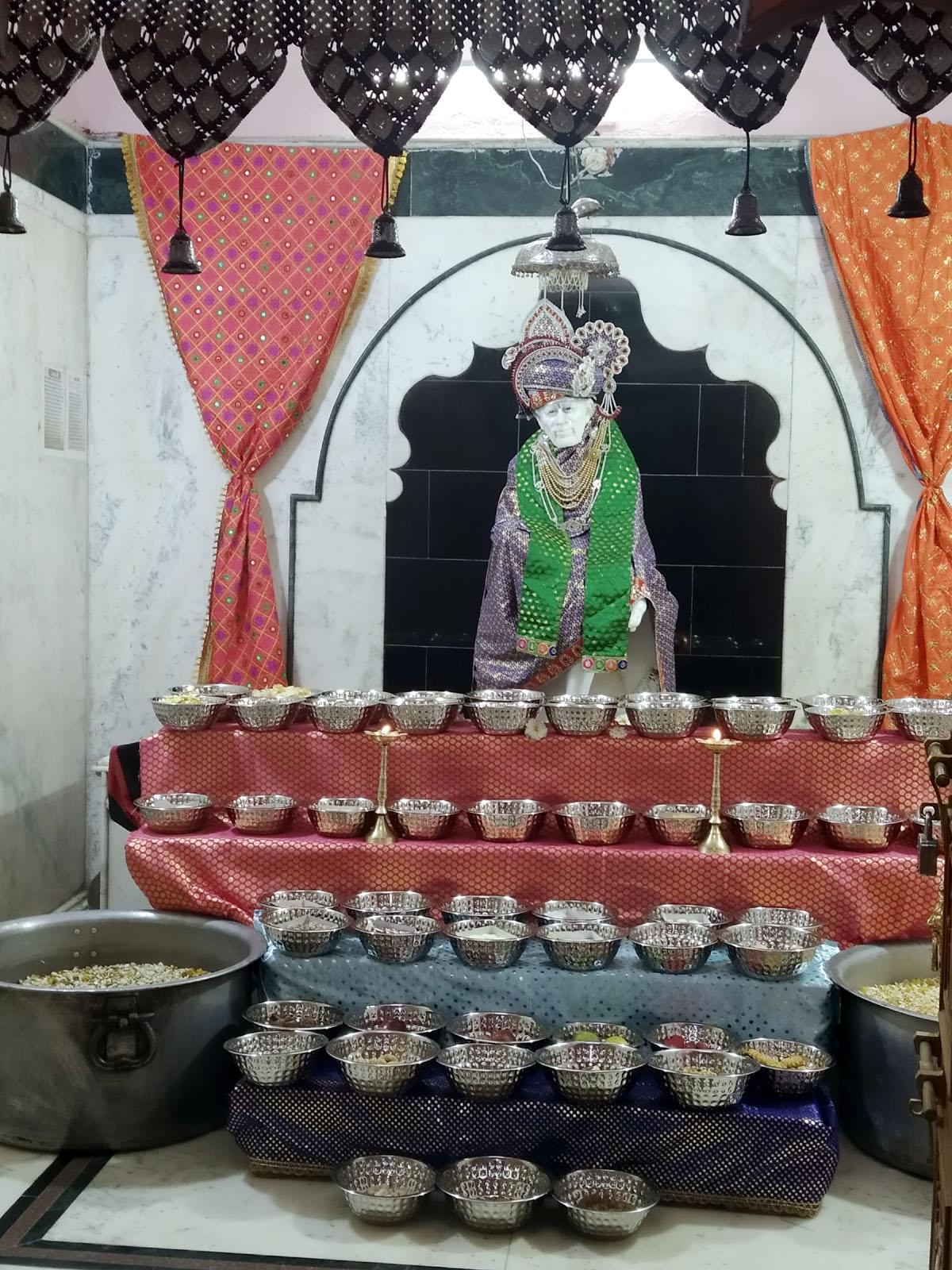 Jhabua News- Sai Mandir Jhabua- श्री शिरडी साई मंदिर का 20 वां स्थापना दिवस धुमधाम से मनाया