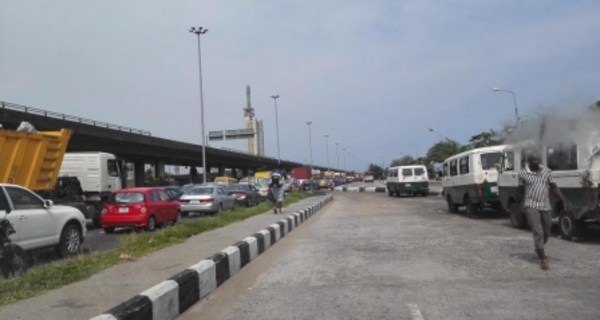 My Experience Entering CMS To Ajah Bus In Lagos - Conductors Are Indeed Crazy
