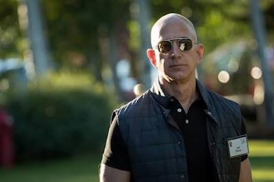 Amazon-CEO-Jeff Bezos-is-The-World-Richest Man