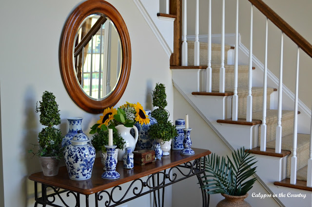 Classic blue and white in the foyer
