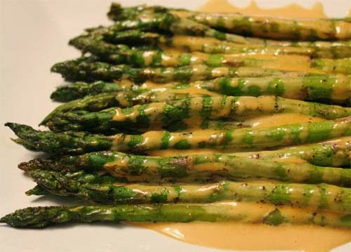 Roasted Asparagus with Sriracha Drizzle