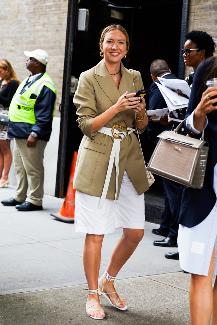 25 of the Most Stylish White Sandals for Summer — Lisa Aiken Street Style Outfit Inspiration With Tan Blazer and White Bermuda Shorts