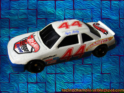 Kyle Petty #44 Hot Wheels Oldsmobile Racing Champions 1/64 NASCAR diecast custom retro throwback