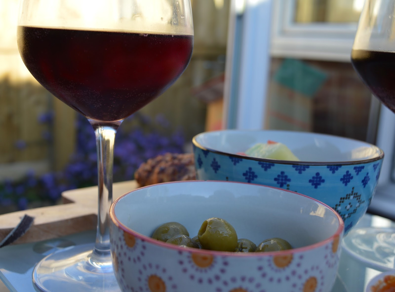 Top Tips for beating the post-holiday blues when you're back at home - tapas and sangria