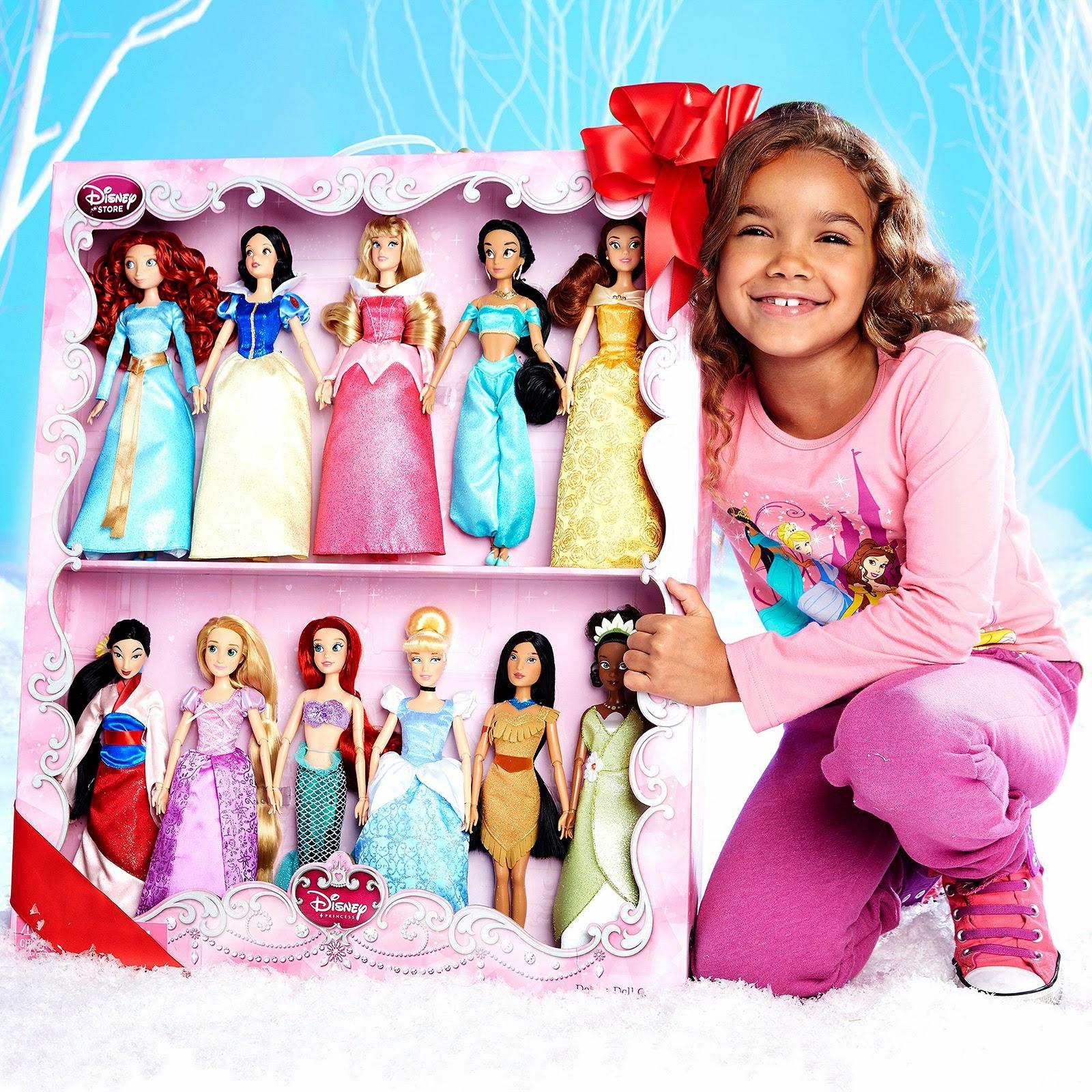 decb4e20ee Filmic Light - Snow White Archive  2014-15 Disney Princess Doll ...