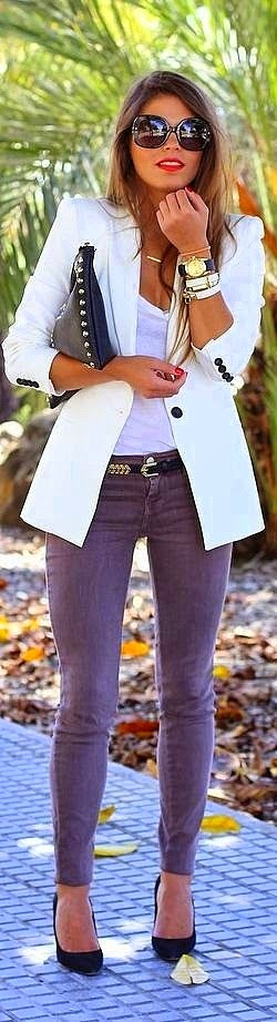 skinny jeans and blazer.