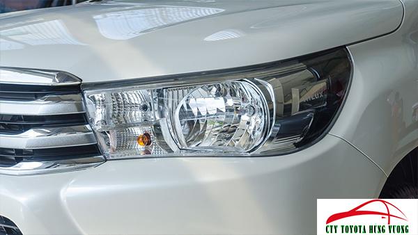 Giá xe, thông số kỹ thuật và đánh giá chi tiết bán tải Toyota Hilux 2018 nhập khẩu - ảnh 7