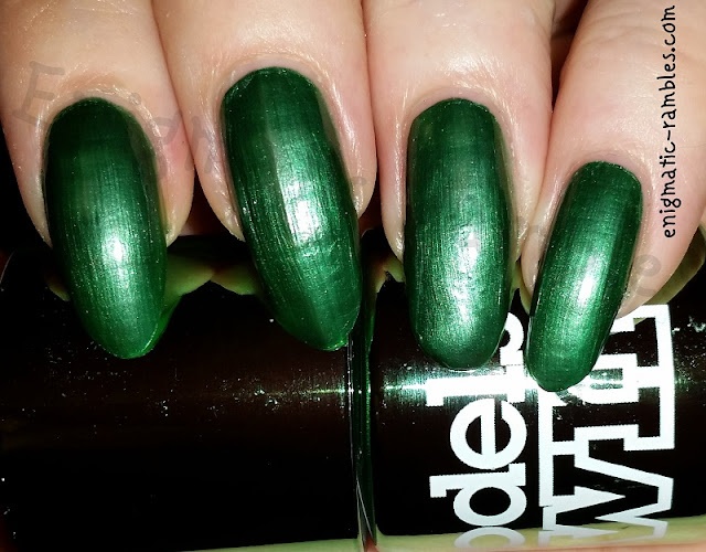 Swatch-Models-Own-Chrome-Green