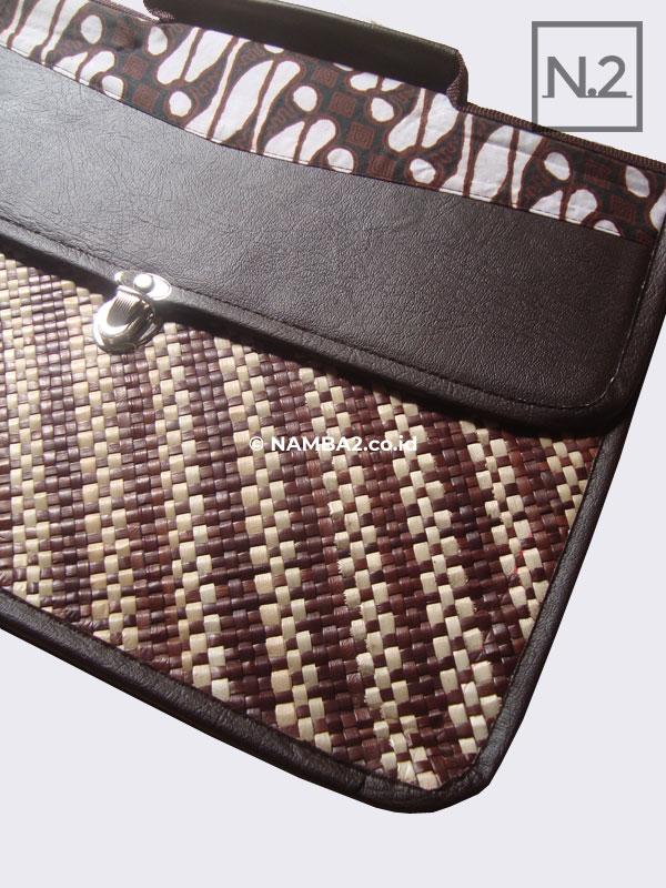 Tas Laptop Seminar Anyaman Kombinasi Batik