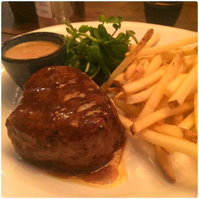 7oz Fillet steak - 28 day aged Lancashire beef with fries