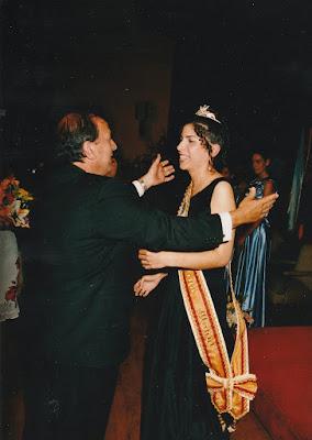 e01727fcf08cc Meigas  2004. El año de la XXXV Meiga Mayor Lorena Casal Espiñeira y ...