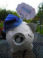 cute unique hand made dreaming piggie bank    http://panpancrafts.blogspot.de/
