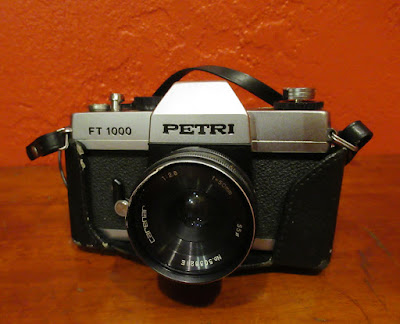 https://www.etsy.com/listing/553105213/petri-ft-1000-slr-35mm-film-camera?ref=shop_home_active_40