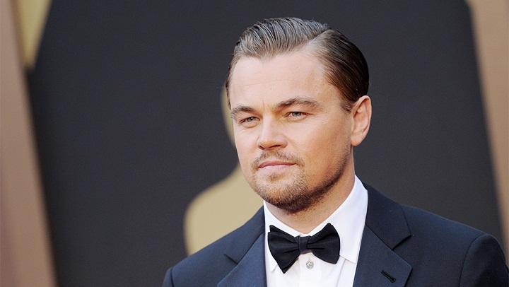 Leonardo DiCaprio Mau Beli Fosil Dinosaurus Seharga Rp36 Miliar