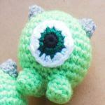 http://soldenochedecocrochet.blogspot.com.es/2016/02/mike-wazowski-crochet-tsum-tsum-free.html