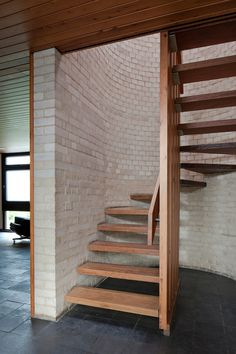 modern wooden stair designs for small houses