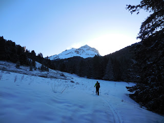 Daybreak, ski tour up Sphinx Mountain, Montana