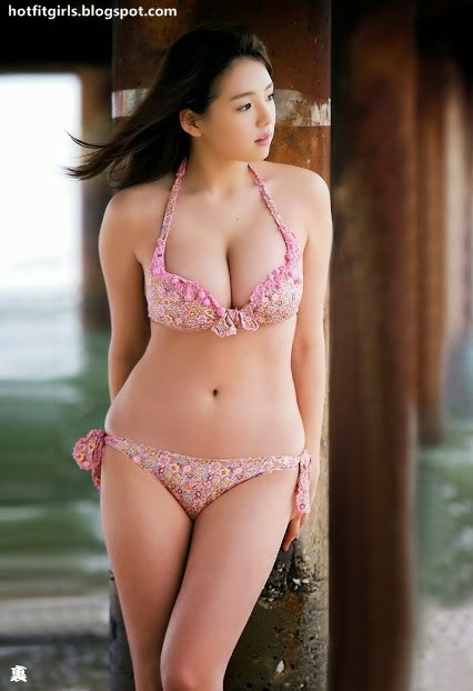 Sexy Japanese Girls with Natural Breasts Collection