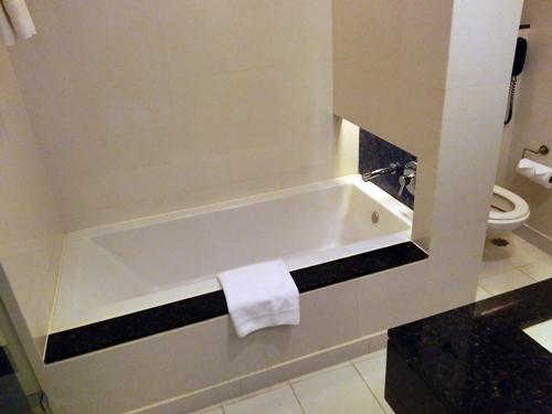 CHATRIUM HOTEL RIVERSIDE BANGKOK Grand-Room, Bathroom