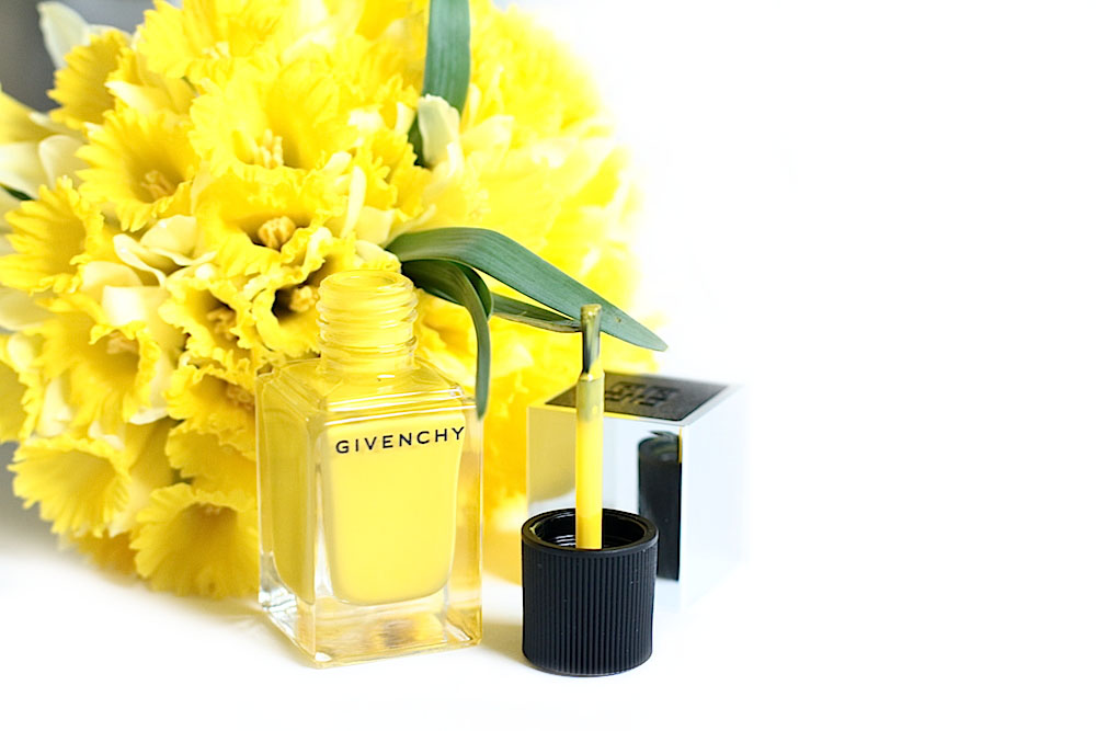 givenchy le vernis 24 jaune expression mat avis test swatch