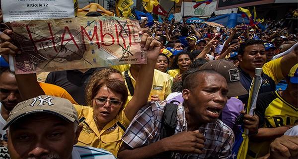 EL DÍA DESPUÉS! De continuar Maduro en el poder, vendrán saqueos junto a una indetenible explosión social