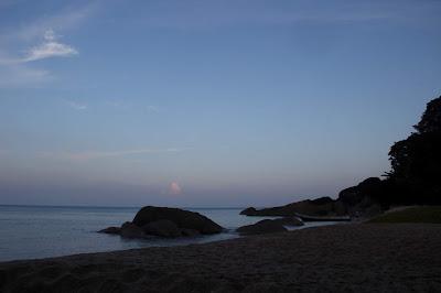 Sore di Tanjung Datu di Ujung Borneo