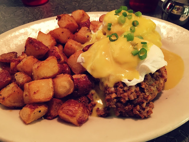 Eggs Benedict with Seitan Hash from Veggie Galaxy in Cambridge, MA | A Hoppy Medium