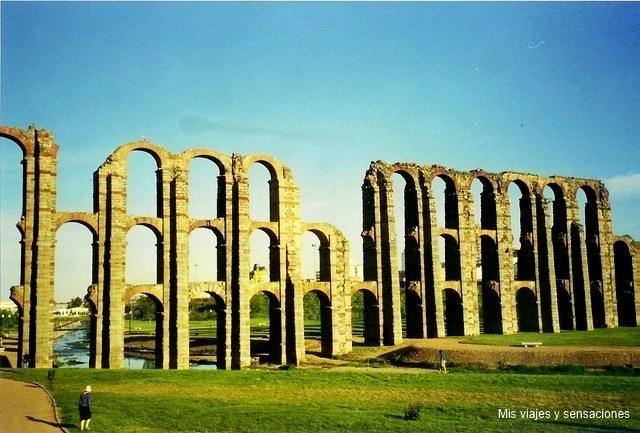 El acueducto de los milagros, Mérida
