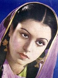 Veena Actress, hot, sood, images, name images, wikipedia in hindi, actress photos, old actress, hot photos, husband, hindi, movie, wedding pic, serial actress, malayalam actress, biography