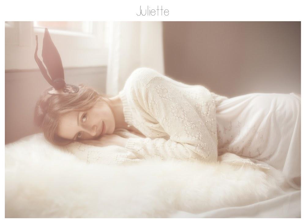 http://viviennemok.blogspot.ch/2013/11/juliette-paris.html