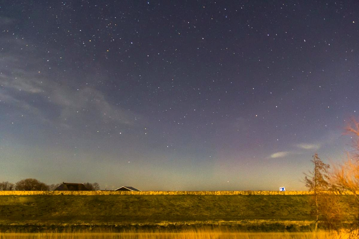 Zorza polarna sfotografowana w noc z 16 na 17.02.2016 r. (Credit: Vincent van Leijen, Holandia)
