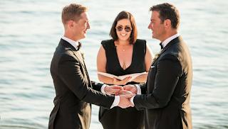 Ο πρώτος g@y γάμος στο Βόλο - Ειδυλλιακό σκηνικό με θέα τον Παγασητικό (Photos)