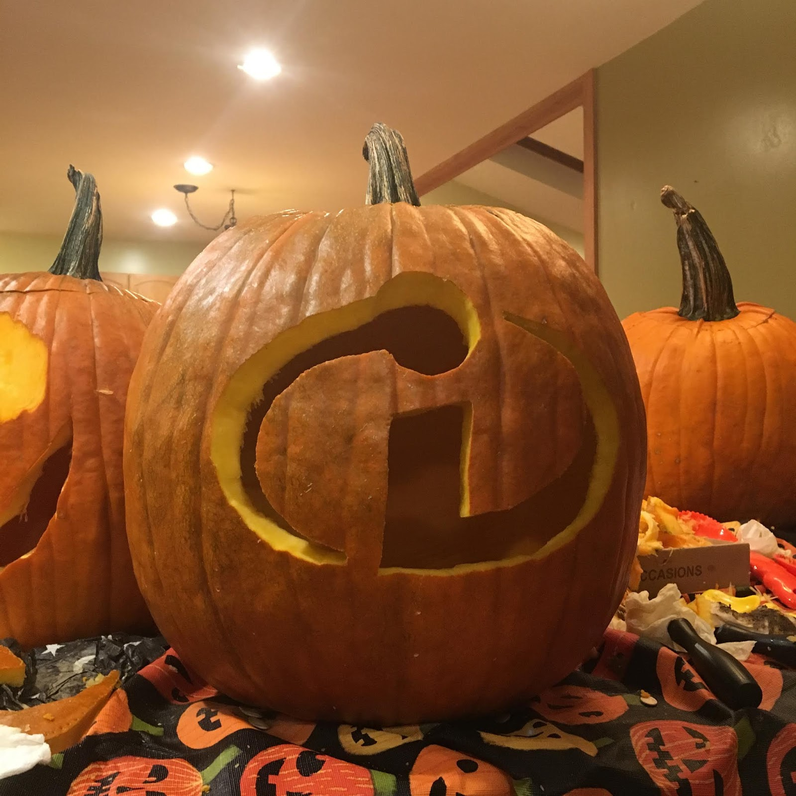disney pixar incredibles pumpkin carving
