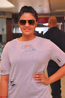 Sree Mukhi at Meet and Greet Session at Max Store, Banjara Hills, Hyderabad (2).JPG
