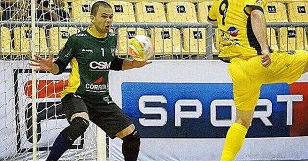 216de86fb4 O Umuarama Futsal fechou com dois goleiros para defender a meta umuaramense  no ano de 2016