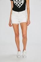 Pantaloni scurti 501 • Levi's6
