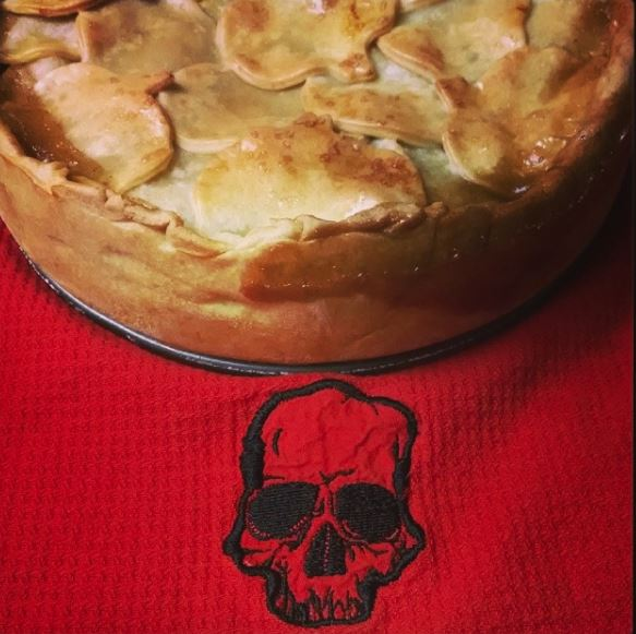 Love And Newt: Poison Apple Pie