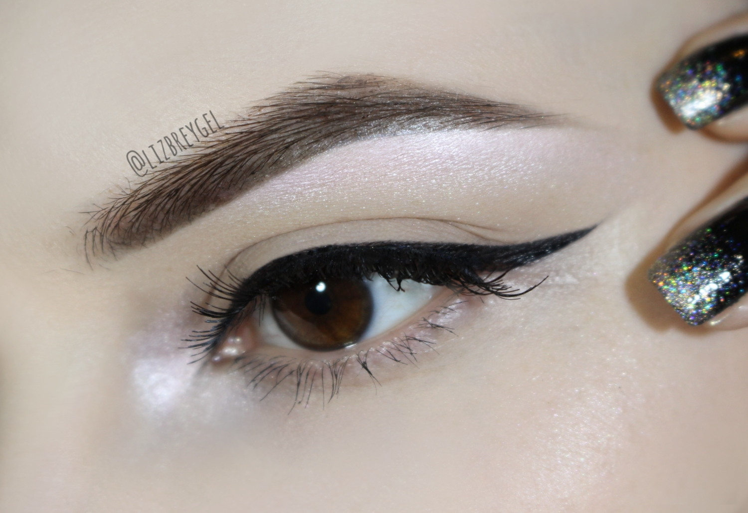 eyeliner hack cheat step by step pictorial