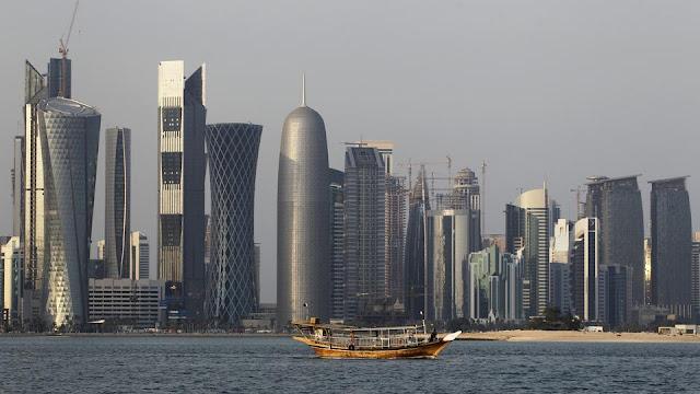 Desde junho, os laços políticos entre Catar e seus ex-aliados do Golfo, Arábia Saudita, Bahrein, Emirados Árabes Unidos e Egito - não mudaram muito, mas as manobras para superar a crise continuam.