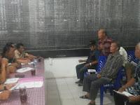 Mediasi Keberatan warga Desa Gasaribu atas pemugaran kuburan Pomparan Ompu saudara Simatupang di Dusun Kampung Dame Desa Gasaribu Kec. Laguboti Kab. Tobasa