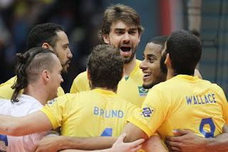 Brasil vence Estados Unidos em amistoso de vôlei